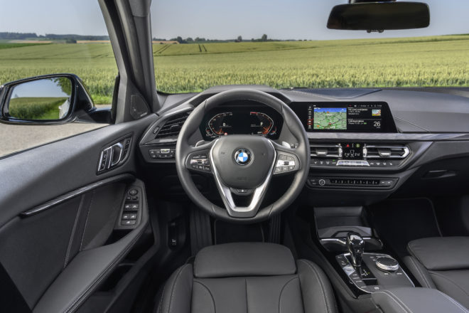 BMW SERIE 1 completo